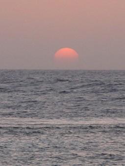 red-sun2.jpg