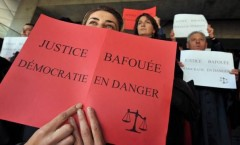 magistrats-et-personnels-judiciaires-manifestent_298.jpg